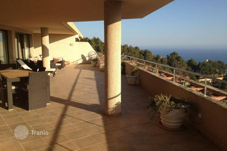 Apartments with pools for sale in Altea. Apartment - Altea, Valencia, Spain