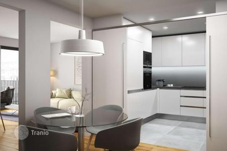 2 bedroom apartments for sale in L'Eixample. Two-bedroom penthouse with 2 terraces in the center of Barcelona, district Eixample-Esquerra