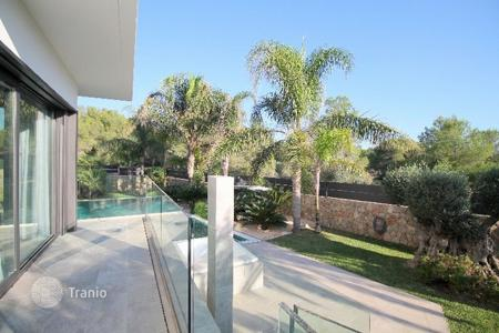 Luxury 4 bedroom houses for sale in Balearic Islands. Detached house – Calvia, Balearic Islands, Spain