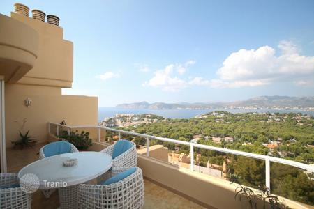 2 bedroom apartments for sale in Majorca (Mallorca). Apartment - Calvia, Balearic Islands, Spain