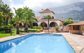 Luxury houses with pools for sale in Denia. Mediterranean style villa with a pool and a garden in Denia, Alicante, Spain