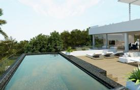 Luxury property for sale in Santa Ponsa. Villa with a private garden, a pool and a garage, Santa Ponsa, Spain