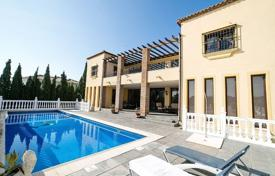 5 bedroom villas and houses to rent in Costa del Sol. Villa – La Cala de Mijas, Andalusia, Spain