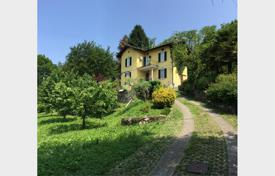 Property for sale in Lombardy. Villa – Lombardy, Italy