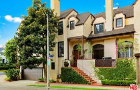 2 bedroom houses for sale in North America. Villa – Los Angeles, California, USA