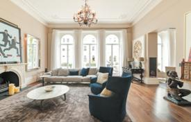 Spacious four-bedroom duplex with a balcony, a terrace and new modern fit out, in the prestigious area of South Kensington, London, UK for 4,750 £ per week