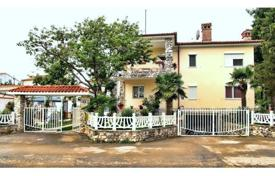 Cozy cottage with a terrace and a pool, near the embankment, Fažana, Istria County, Croatia. Price on request