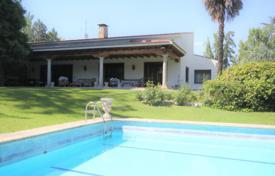 Residential for sale in Madrid. Villa with a pool and a tennis court, the district of Aravaca, Madrid, Spain