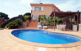 6 bedroom houses for sale in Blanes. Villa – Blanes, Catalonia, Spain