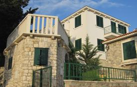 Coastal houses for sale in Split-Dalmatia County. Stone house for sale in Brač island