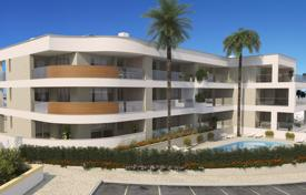 1 bedroom apartments for sale in Portugal. Under construction, new apartments with superb sea views and communal pools, Porto do Mos