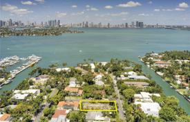 Land plot with a project for building a villa, Miami Beach, USA for $1,800,000