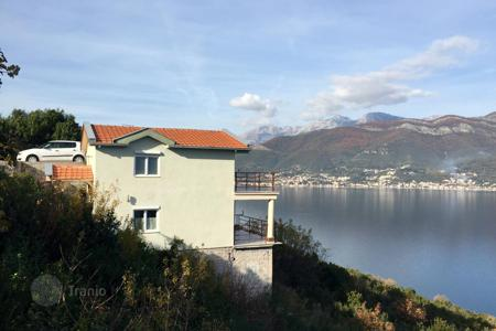 Coastal houses for sale in Krasici. A cozy house in the village of Krasici (Zabrze), with the best views of the Bay of Kotor, Tivat and Herceg Novi