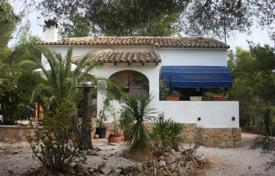 Cheap 1 bedroom houses for sale in Valencia. Villa/ Detached of 1 bedrooms in a large plot of 800 m² in Benissa