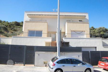 Bank repossessions residential in Calafell. Villa – Calafell, Catalonia, Spain