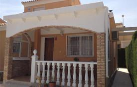 2 bedroom houses for sale in Alicante. Cozy furnished villa with a parking and a pool, Torrevieja, Spain