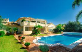 3 bedroom houses for sale in Andalusia. Marvellous Villa in Elviria, Marbella East (Marbella)
