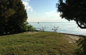 Residential for sale in Veszprem County. CURIOSITY! PLOT for construction DIRECTLY ON THE LAKE BALATON WITH PRIVATE BEACH!