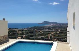 Residential for sale in Altea Hills. Villa of 4 bedrooms with private pool, garden and sea-views in Altea