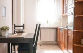 1 bedroom apartments for sale in Hungary. Apartment with a balcony in a historic building with an elevator, in the 7th district of Budapest, Hungary