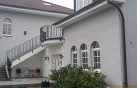 Property for sale in Baden-Wurttemberg. Villa with 3 apartments, garage and garden near Lichtentaler alley in the spa town of Baden-Baden