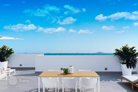 3 bedroom apartments for sale in Mar Menor. Penthouse with solarium and sea views in Los Alcázares