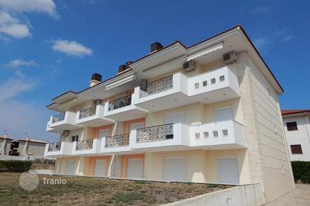 Apartments with pools for sale in Administration of Macedonia and Thrace. Apartment – Pallini, Administration of Macedonia and Thrace, Greece