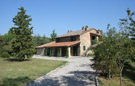 Residential for sale in Parrano. A very attractive old stone farmhouse recently fully restored retaining all the traditional Umbrian architectural features