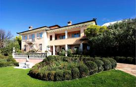 6 bedroom houses for sale in Lombardy. Exquisite villa with a private park, a swimming pool and views of the lake and the mountains, San Felice del Benaco, Italy