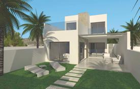 Cheap townhouses for sale in Spain. Large terraced houses with basement in Benijofar