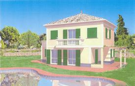 4 bedroom houses by the sea for sale in Ospedaletti. New villa with a pool and a garden, close to the sea, Ospedaletti, Italy. Possibility to finish interiors to your own taste