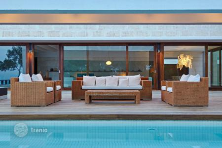 6 bedroom houses for sale in Ibiza. A luxury property close to Aguas Blancas