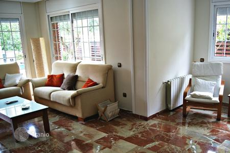 Property to rent in Costa Dorada. Villa - Calafell, Catalonia, Spain