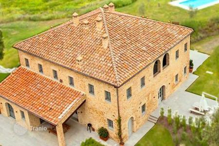 Property for sale in Montaione. Apartment – Montaione, Tuscany, Italy