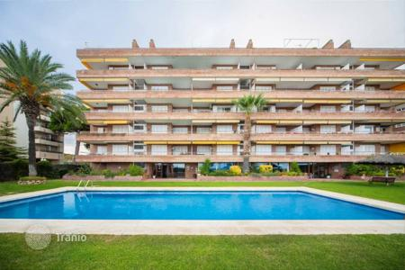 4 bedroom apartments for sale in Caldes d'Estrac. Apartment – Caldes d'Estrac, Catalonia, Spain