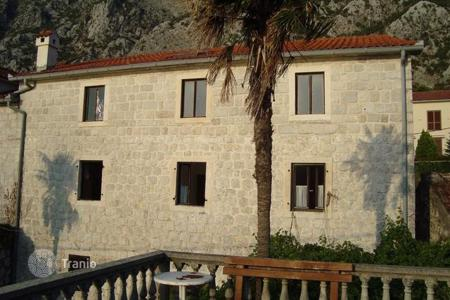 4 bedroom houses for sale in Kotor. Townhome – Kotor (city), Kotor, Montenegro