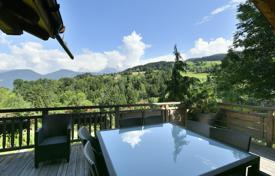 Luxury 5 bedroom houses for sale in Combloux. Chalet — View of Mont Blanc