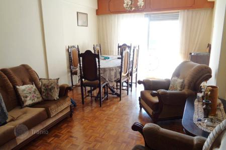 Cheap residential for sale in Nicosia (city). 3 Bedroom Apartment in Agioi Omologites