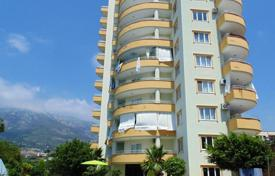 Cheap apartments with pools for sale in Western Asia. The apartment with a gorgeous view of the Mediterranean Sea and the Taurus Mountains in Alanya