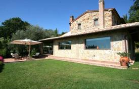 Two-storey villa with a swimming pool in Manciano, Tuscany, Italy for 2,000,000 €