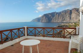 3 bedroom apartments for sale in Tenerife. Apartment – Los Gigantes, Canary Islands, Spain