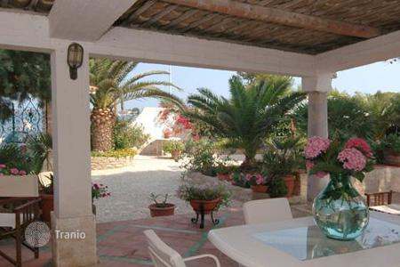 Property to rent in Province of Trapani. Villa Albaria