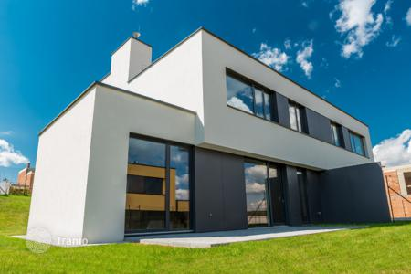 5 bedroom houses from developers for sale in Europe. Detached house – Praha 5, Prague, Czech Republic