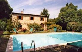 Stone two-storey villa with a pool in Sarteano, Tuscany, Italy for 1,680,000 €