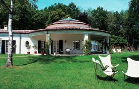Property to rent in Dormelletto. Villa – Dormelletto, Piedmont, Italy