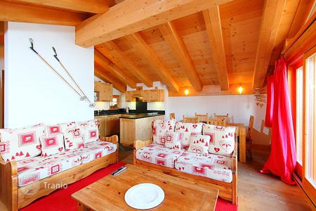 Apartments for rent with swimming pools in Swiss Alps. Apartment – Bagnes, Verbier, Valais, Switzerland