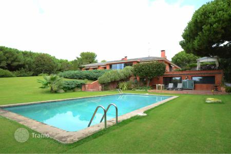 Luxury houses for sale in Sant Vicenç de Montalt. Villa – Sant Vicenç de Montalt, Catalonia, Spain