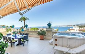 Luxury 4 bedroom apartments for sale in Nice. Luxury Belle Epoque Apartment with Terrace