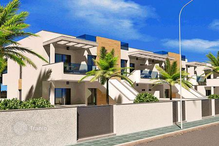 Terraced house from developers for sale in Spain. Terraced house – Torre de la Horadada, Valencia, Spain