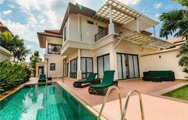 1 bedroom villas and houses to rent in Thailand. The luxury villa with 4 bedrooms and a private swimming pool which is located in a prime and resort area of the Laguna